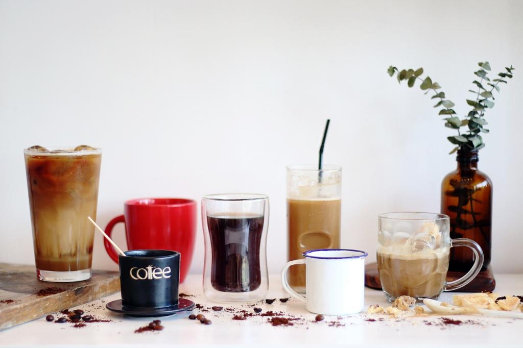 The-Coffee-Room-05-Coffee01