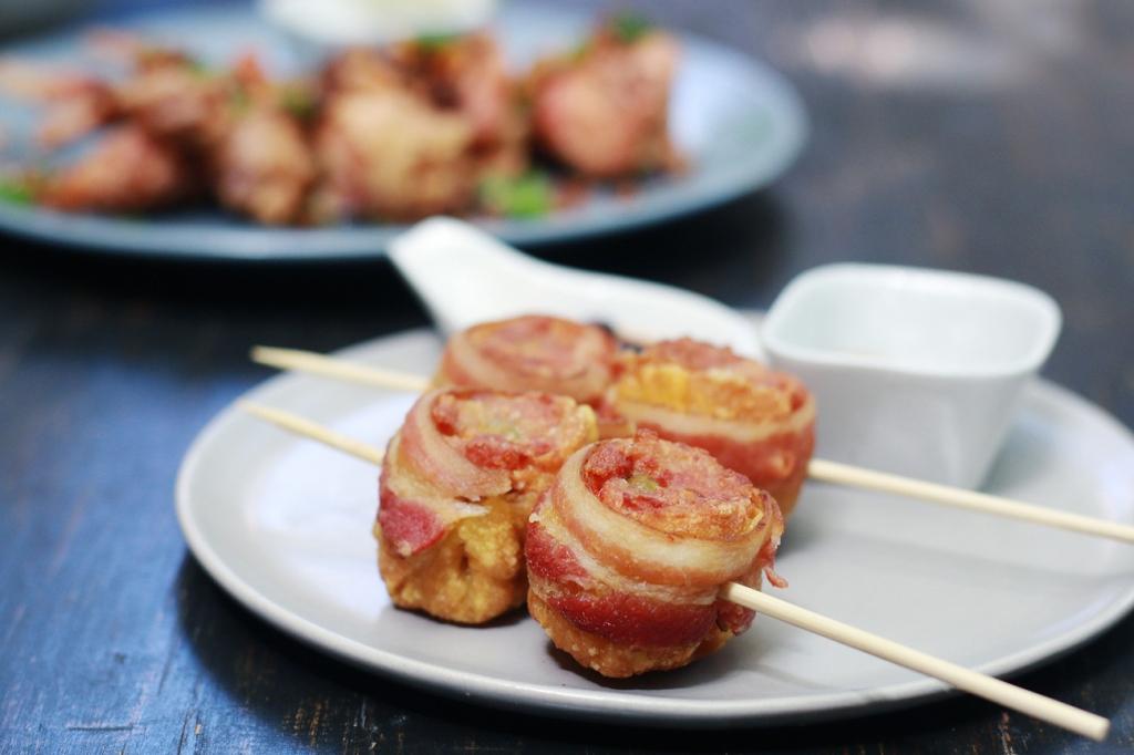 Booky-Paseo59c-02-Bacon-Wrapped-Siomai01