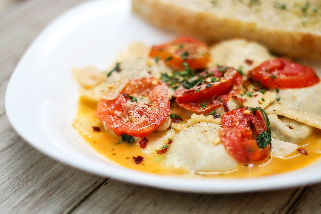 br-12-mushroom-mozzarella-ravioli-01